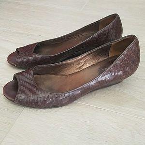 Cole Haan  - Women's low heel shoe